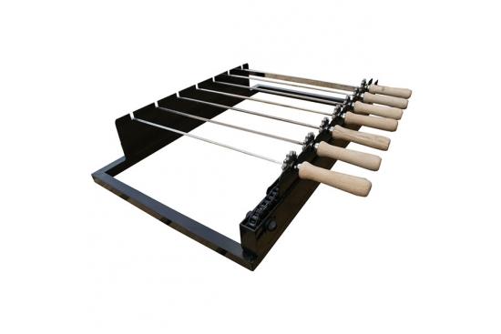 Sistem de rotiserie automata cu mecanism pe lant